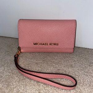 Michael Kors iPhone SE Case/Wallet